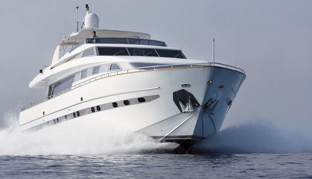 Las Brisas Charter Yacht - 3