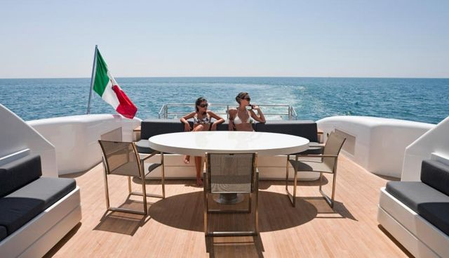 One O One Charter Yacht - 4