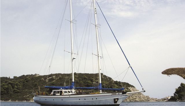 Queen Of Peace Charter Yacht