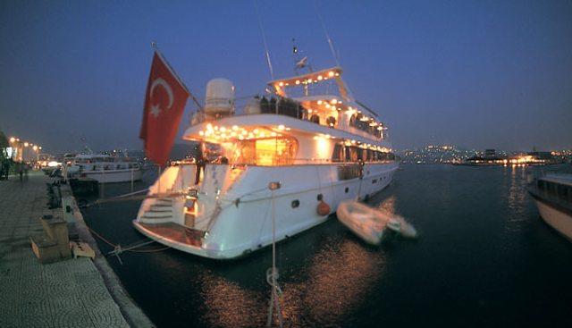 Golden Head Charter Yacht - 4