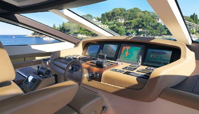 J&Li Charter Yacht - 3