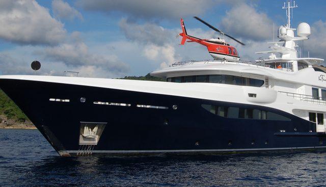 La Familia Charter Yacht - 2