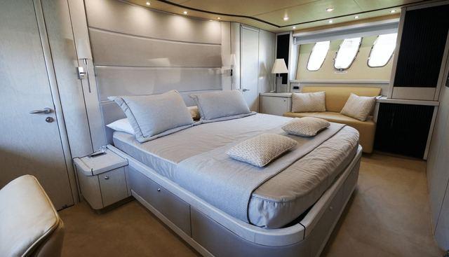Light Blue Charter Yacht - 7