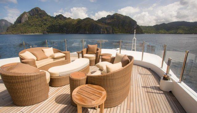 Jade 959 Charter Yacht - 3