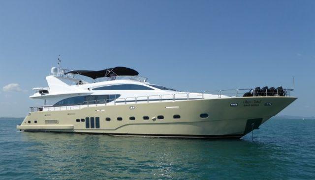 Mia Kai Charter Yacht