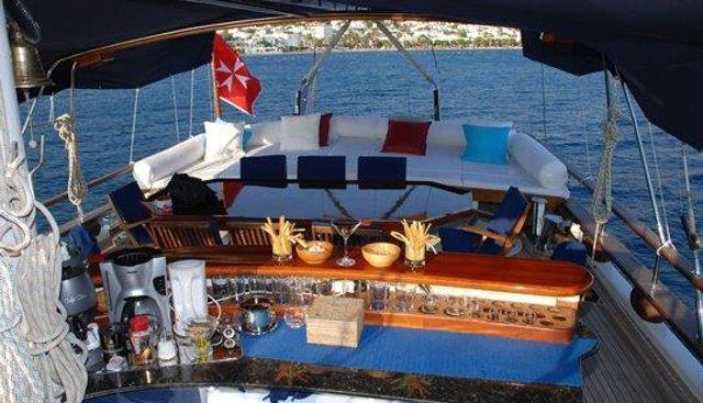 Dulcinea Charter Yacht - 4
