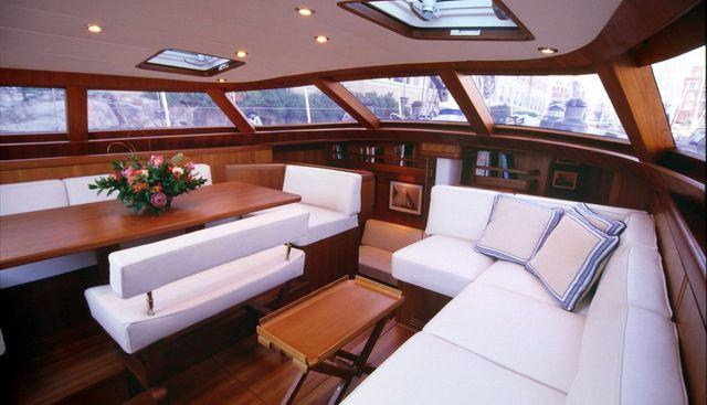 Skip'n Bou Charter Yacht - 8