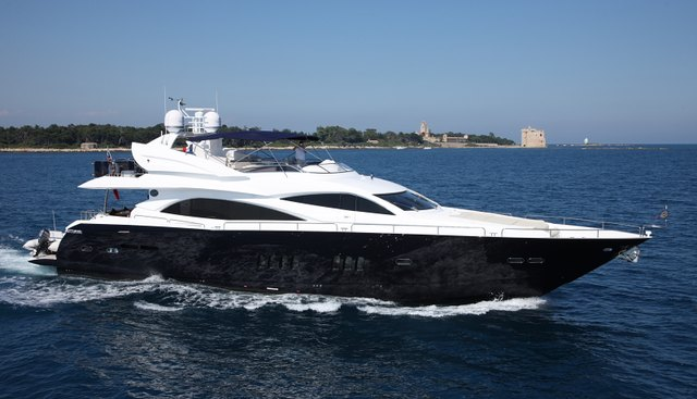 Infiniti I Charter Yacht - 3