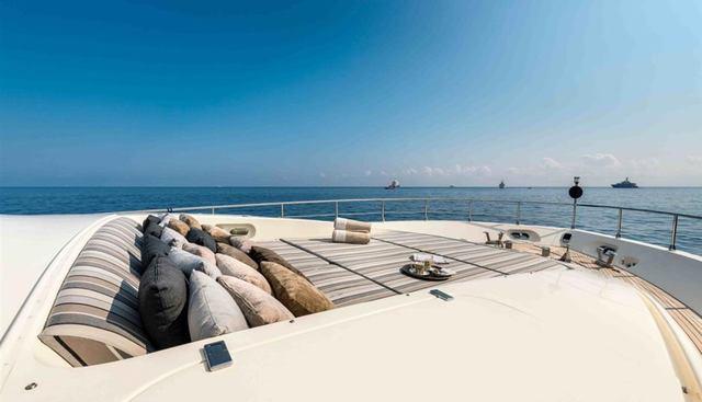 Clarita Charter Yacht - 7