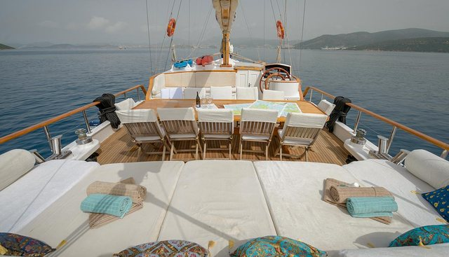 La Reine Charter Yacht - 3