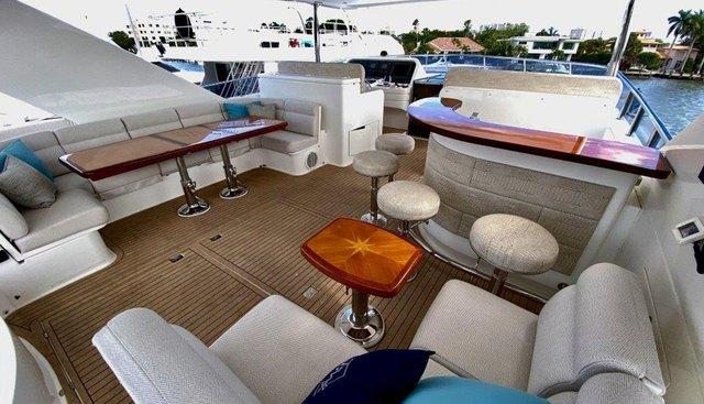 Brandi Wine Charter Yacht - 4