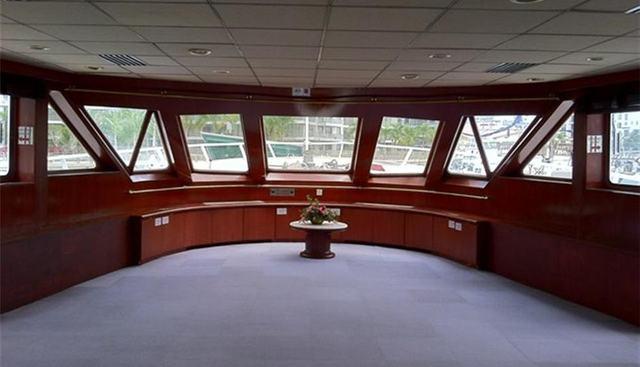 Harbour Queen Charter Yacht - 3