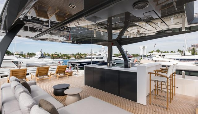 Gioia Charter Yacht - 4