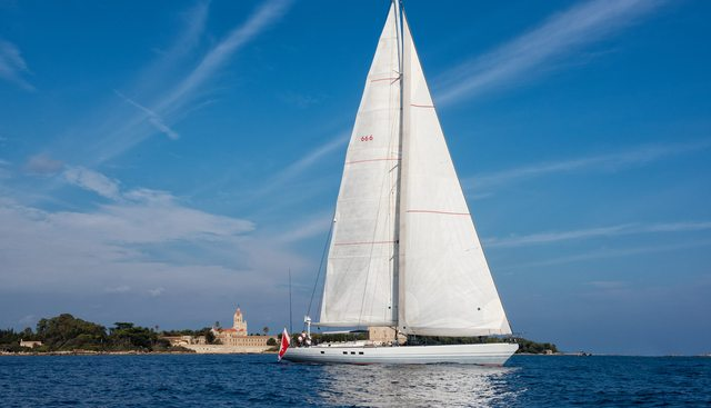 Diablesse Charter Yacht