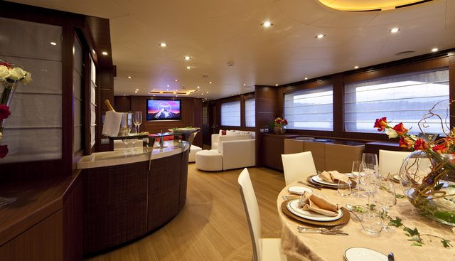 Soiree Charter Yacht - 8