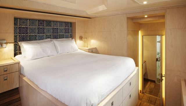 Tigerlily Too Charter Yacht - 5
