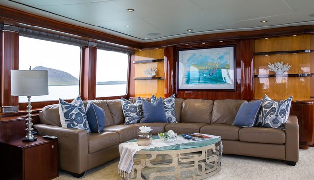 Just Enough Charter Yacht - 6