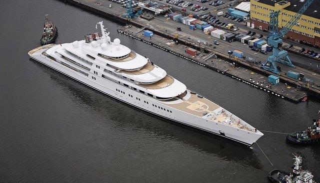 Azzam Charter Yacht - 6