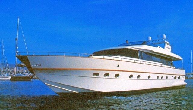 Hanja Charter Yacht