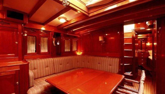 Karenita Charter Yacht - 4