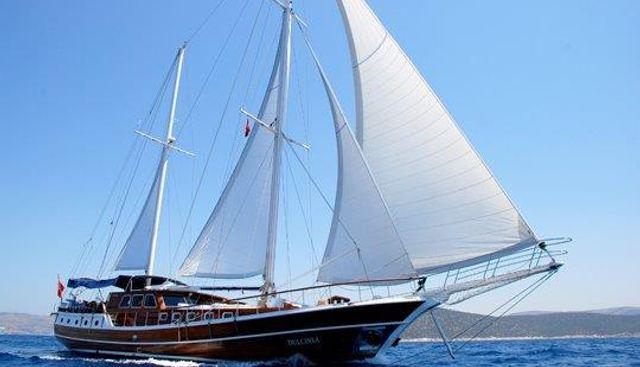 Dulcinea Charter Yacht