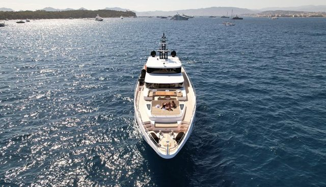 Save Your Tears Charter Yacht - 2