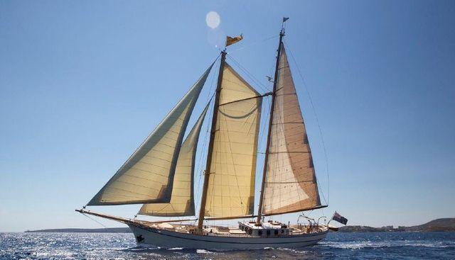 Silver Spray Charter Yacht