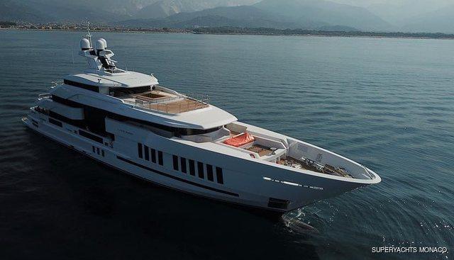 Life Saga II Charter Yacht