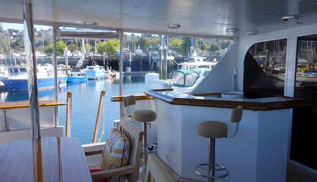 Reflections Charter Yacht - 7