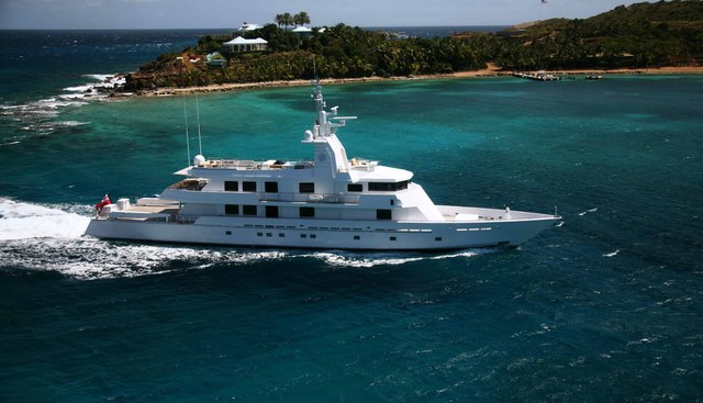 Mizu Charter Yacht