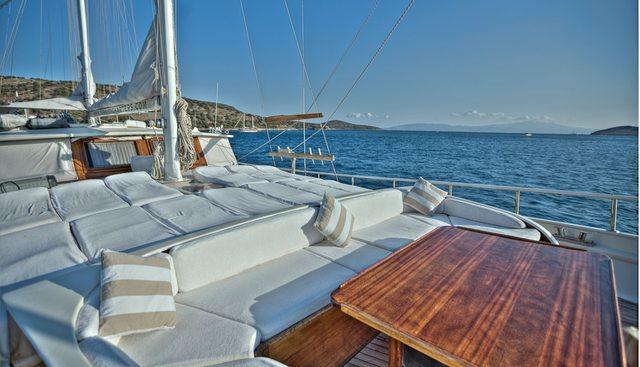 Lady Elizabeth Charter Yacht - 3