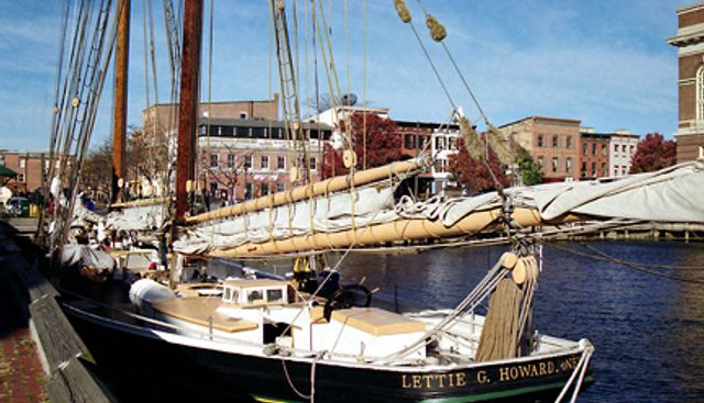 Lettie G Howard Charter Yacht - 4