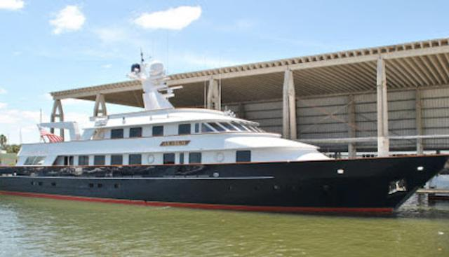 Hilarium Charter Yacht - 3
