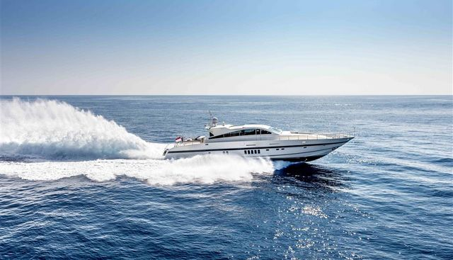 Clarita Charter Yacht - 4