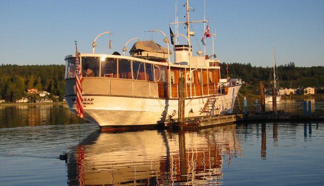 Deerleap Charter Yacht - 4