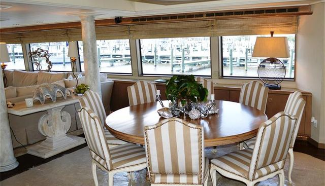 Lady Monroe Charter Yacht - 6