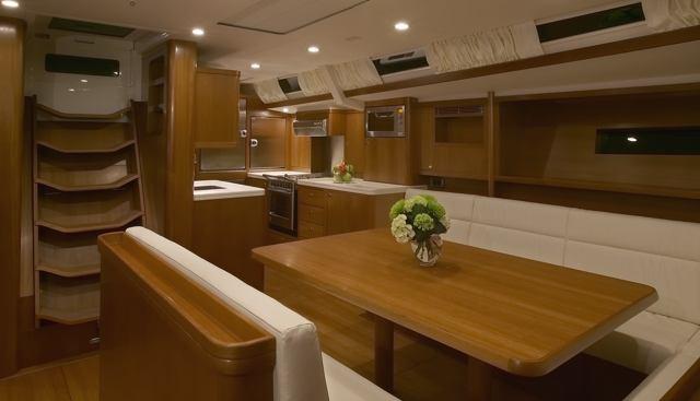 Laetitia Charter Yacht - 3