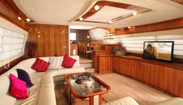 Pampero Charter Yacht - 8