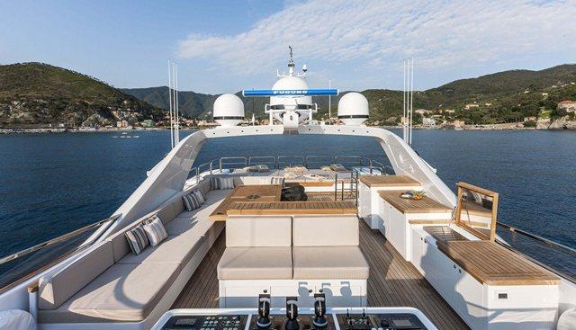 Miss Moneypenny V Charter Yacht - 2