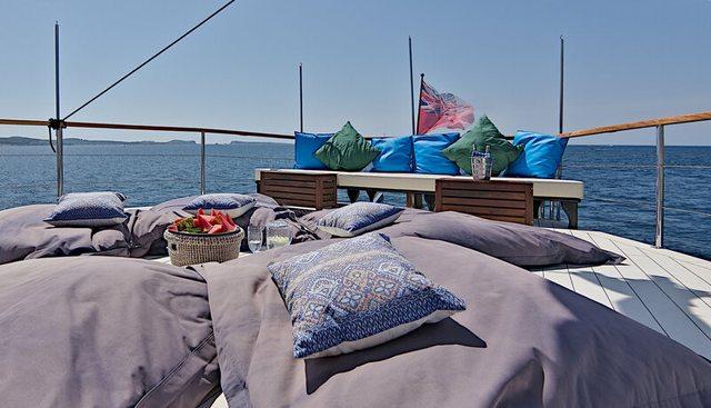 Truelove Charter Yacht - 3