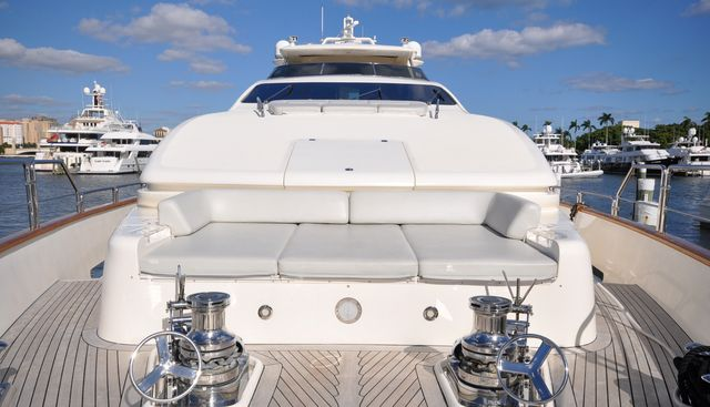Vivere Charter Yacht - 3