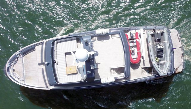 Beyond Capricorn Charter Yacht - 3
