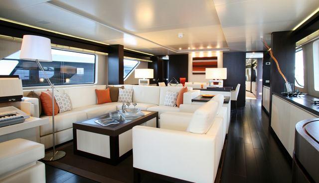 Akua Charter Yacht - 6