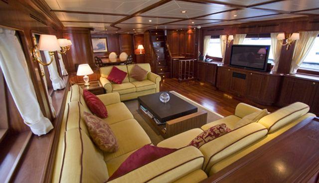 Maluhea Charter Yacht - 5