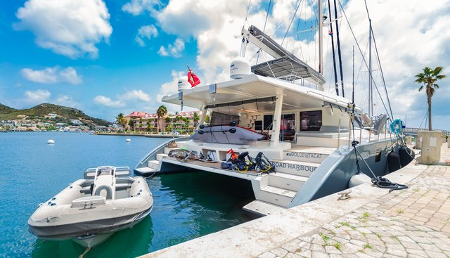 Dolcevitacat Charter Yacht - 5