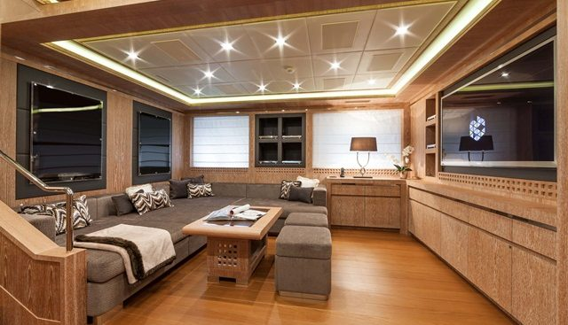 Miss Moneypenny V Charter Yacht - 7