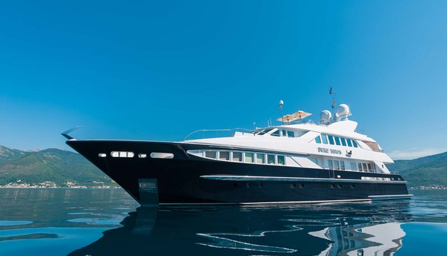 Duke Town Charter Yacht