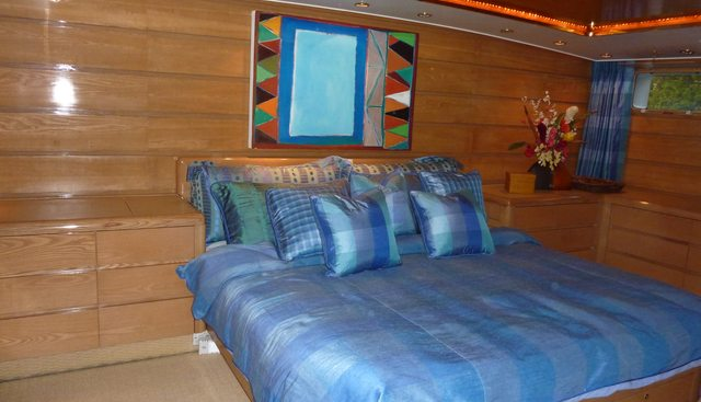 Independence Charter Yacht - 4