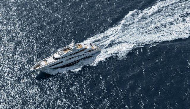 White Charter Yacht - 3