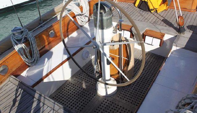 Irondequoit II Charter Yacht - 7